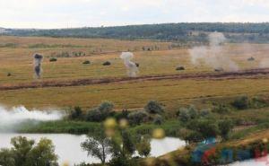 В самопровозглашенной ЛНР прошли учения по форсированию водных преград (фото)
