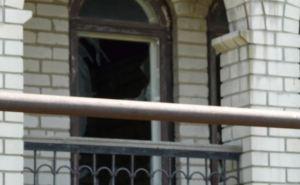 В Стаханове в результате обстрела повреждены 5 домов (фото)