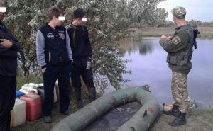 В Луганской области пограничники задержали трех украинцев, которые переправляли из России топливо