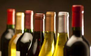 В Украине с декабря подорожает алкоголь