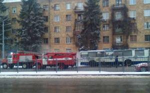В центре Харькова загорелся троллейбус
