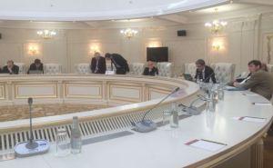 В Минске завтра снова попытаются обсудить формулу Штайнмайера для Донбасса
