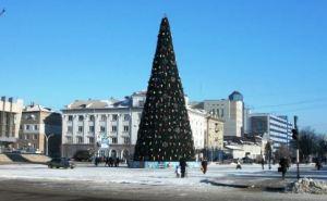 Новогодняя елка откроется в Луганске 23декабря