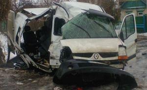 Рейсовый автобус «Станица Луганская— Рубежное» врезался в дерево (фото)