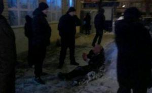 В Харькове мужчина открыл стрельбу из револьвера по прохожим