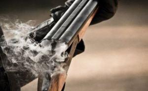 В Харькове пьяная компания открыла из винтовки стрельбу по прохожим