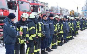 Спасатели Луганской области получили современную пожарную технику (фото)