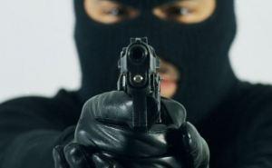 Вооруженные люди в балаклавах напали на оптовую базу в Харькове