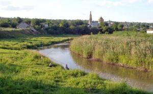 Луганские спасатели занимаются ликвидацией заторов на реках