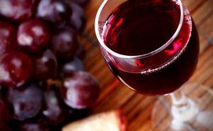 Крым будет поставлять в самопровозглашенную ЛНР вино по «особой цене»