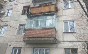 В одной из многоэтажек Стаханова произошел взрыв (фото)
