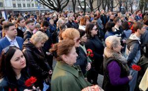 Мы с тобой, Россия. В Донецке прошел митинг в память жертв теракта в петербургском метро