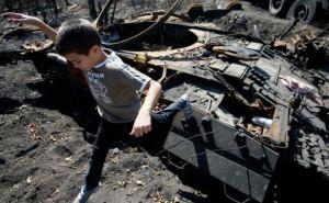 Дети, пострадавшие в зоне АТО, получат специальный статус