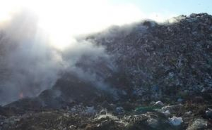 Под Харьковом загорелся полигон бытовых отходов