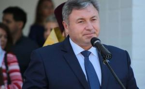 Глава Луганской области приглашает на работу иностранных преподавателей
