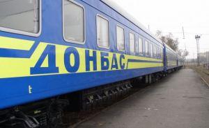 Треть жителей самопровозглашенных республик хотят в Украину, треть— в Россию. —Опрос