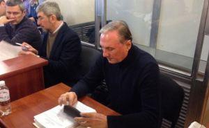 Суд оставил Ефремова под стражей еще на два месяца