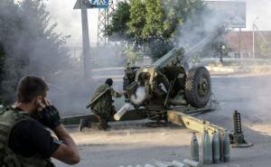 Сутки на Донбассе. Обстрелы вдоль всей линии соприкосновения (дополнено)