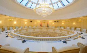 Участники переговоров снова не смогли обсудить в Минске особый статус Донбасса