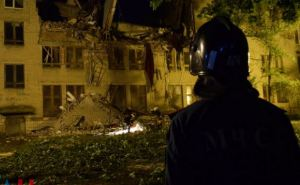 В Донецке обрушилось здание университета (фото)