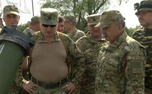 Турчинов продемонстрировал оружие, которое должно на Донбассе всех распугать (фото, видео)