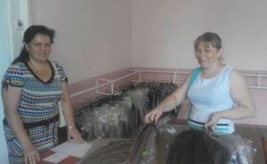 Школы Алчевска уже получили школьную форму для первоклассников