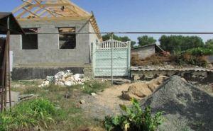 В Станице Луганской восстанавливают дома (фото)