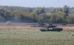 В Луганской области прошли учения танкистов по стандартам НАТО