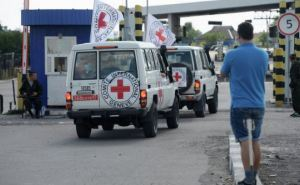 Красный Крест доставил на Донбасс 165 тонн гуманитарной помощи