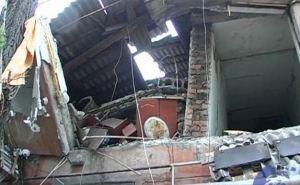 В Перевальске произошел взрыв в многоквартирном доме (фото)