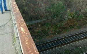 В Лисичанске полицейские спасли женщину от самоубийства (фото)