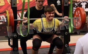 Спортсмен из Алчевска установил мировой рекорд по пауэрлифтингу (фото)