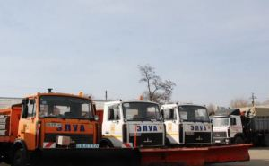 В Луганске показали, как дорожники готовятся к зиме (видео)