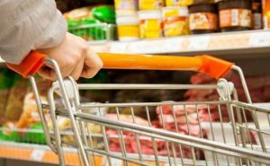Ищем: луганчане рассказали, покупаютли украинские товары (видео)