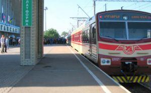 Между самопровозглашенными ЛНР и ДНР начинают курсировать пригородные поезда: расписание