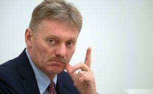 В Кремле прокомментировали политику в отношении Украины после увольнения Суркова