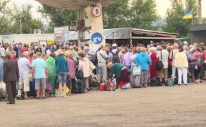 Пункт пропуска в Станице Луганской за сутки пересекли 11545 человек
