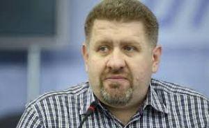 Жители Донбасса пусть защищают свои взгляды на выборах, а не на линии огня,— политолог