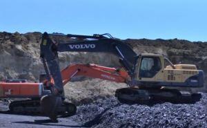 Под носом у Луганского губернатора процветает незаконная добыча угля