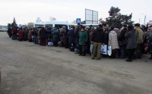 Завтра будет приостановлен пропуск жителей через пункт пропуска Станица Луганская