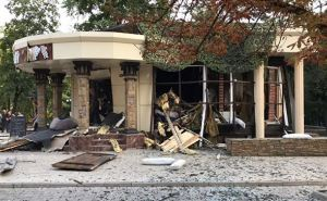 В больнице Донецка говорят о пяти погибших в кафе В«СепарВ» , среди них один ребенок