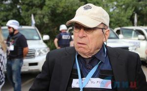Координатор ОБСЕ Тони Фриш попал под обстрел в районе Золотого и не смог там пересечь линию соприкосновения