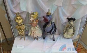 Галерея искусств приглашает на выставку памяти художника театра кукол Ирины Гололобовой