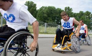 Больше сотни спортсменов с ограниченными возможностями приняли участие в первенстве Луганска по легкой атлетике