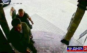За секунду до взрыва. Появились фото Захарченко на ступенях кафе В«СепарВ»
