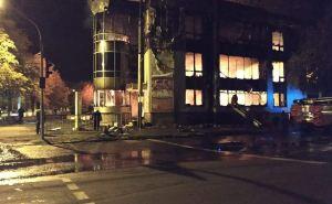 В Антраците сгорел торговый центр, выгорело 1200 кв.метров. Фото. Видео