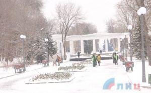 Фотопрогулка по заснеженному Парку Горького в Луганске