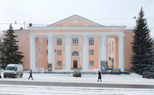 Театр на Оборонной приглашает на спектакли в декабре