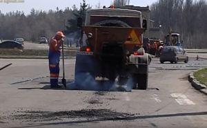 Дорожники Луганска приступили к укладке асфальта