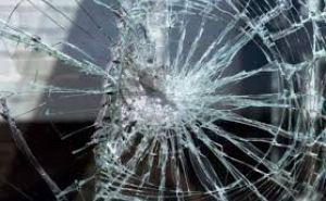 Ночью житель Северодонецка арматурой разбил автомобиль сестры, но сначала пытался его сжечь